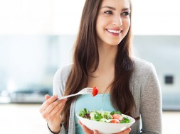 woman-smiling-11-foods-end-bad-moods