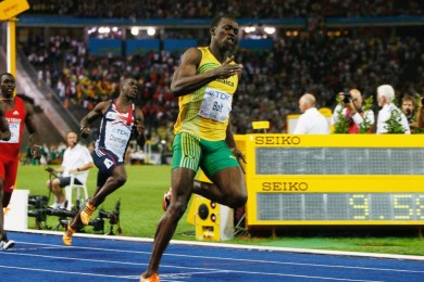 150819063324-usain-bolt-100m-world-record-super-169