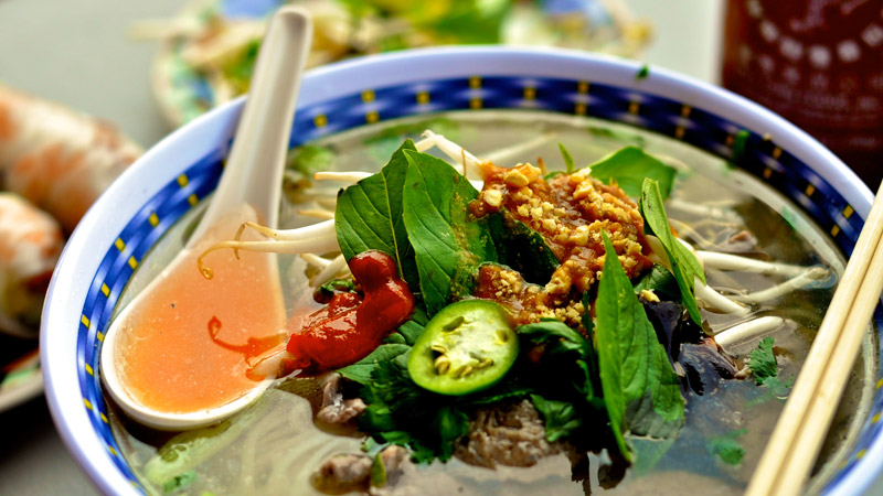 pho_broth_vietnam_healthy-food